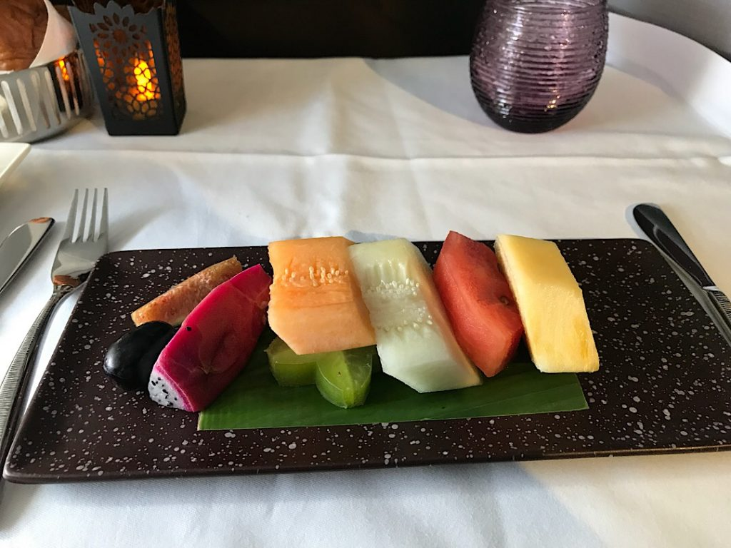 Qatar Airways raňajky v biznis triede